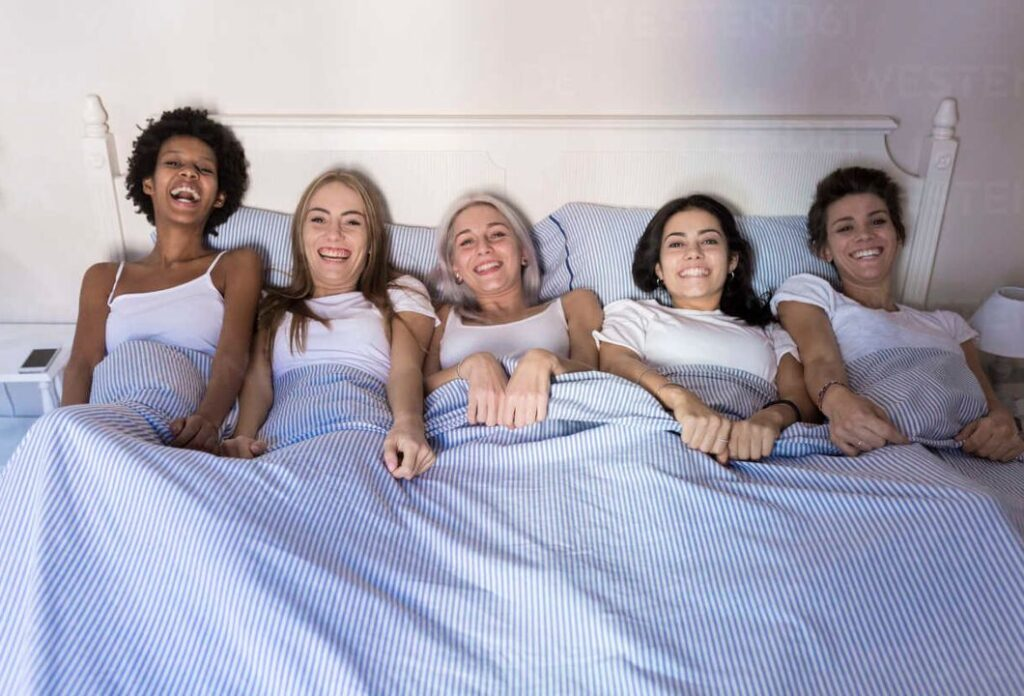5 women can sleep in a king size bed