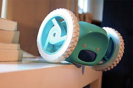 Anti-snooze clock that runs away and makes noise from a distance forces you to wake up