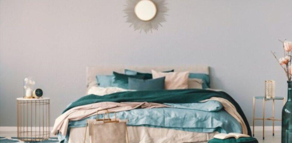 image of emerald green bedding ideas