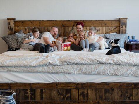 how big is alaskan king bed