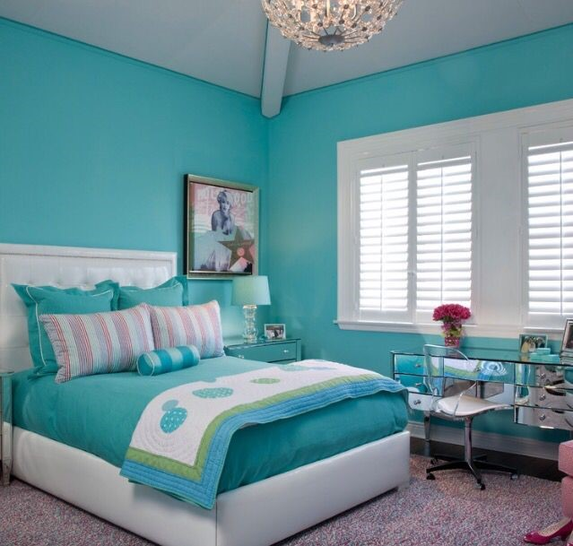 Turquoise blue themed room