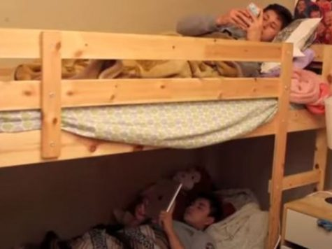 how much weight can a top bunk hold